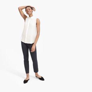 Everlane • The Clean Silk Relaxed Sleeveless Shirt